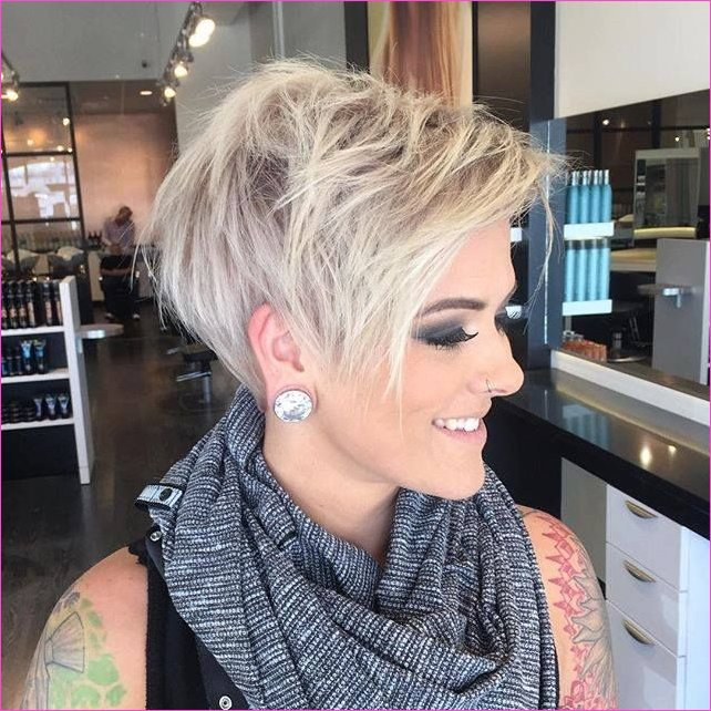 40 Hottest Short Wavy, Curly Pixie Haircuts 2019 - Pixie Cuts for ...
