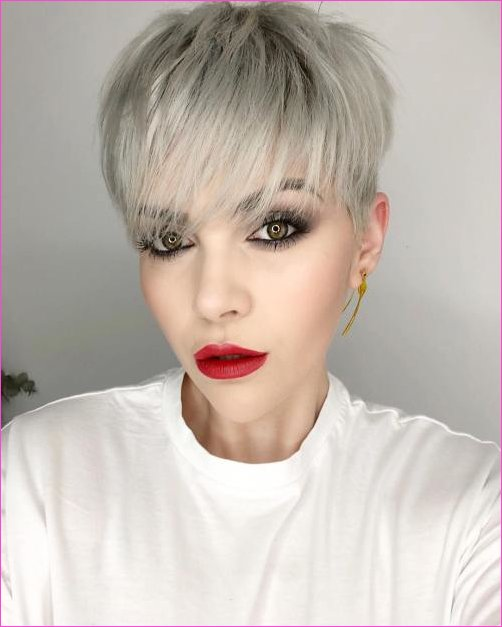 Pixie Cuts With Bangs in 2019 - Short Pixie Cuts