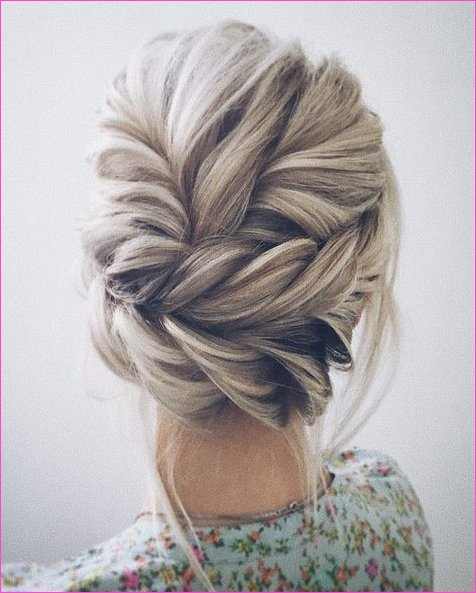 12 Amazing Updo Ideas for Women with Short Hair | Hair