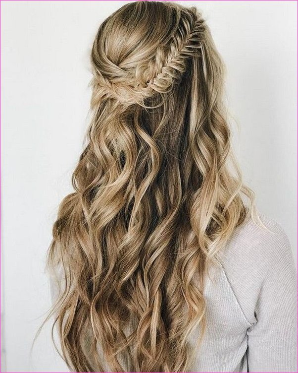 20 Brilliant Half Up Half Down Wedding Hairstyles for 2019 | Cool