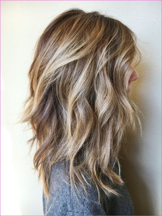 20 Lovely Medium Length Haircuts for 2019: Meidum Hair Styles
