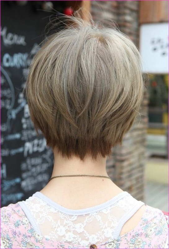 23 Great Short Haircuts for Women Over 50 | Styles Weekly