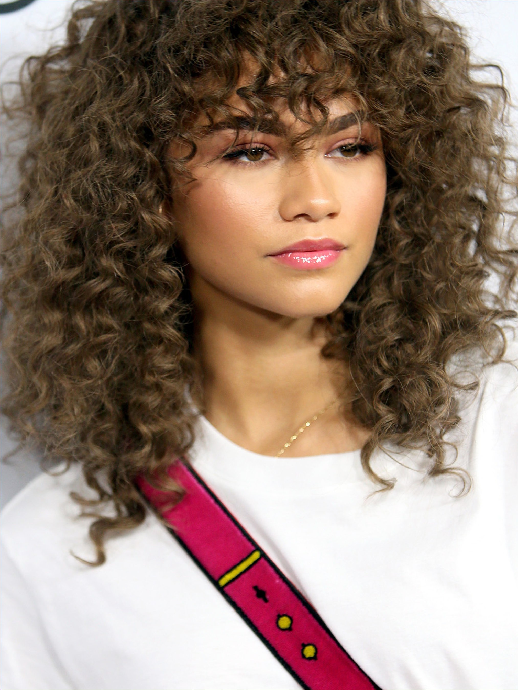 Cute Hairstyles for Long Curly Hair with Side Bangs Elegant Jessica ...