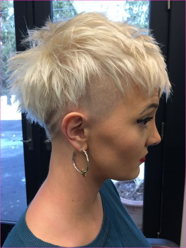 Frauen Undercut-Frisuren 12