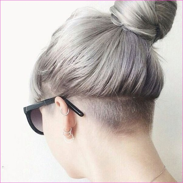 Frauen Undercut-Frisuren 24