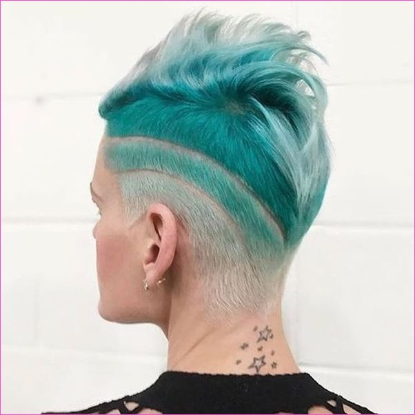 Frauen Undercut-Frisuren 35